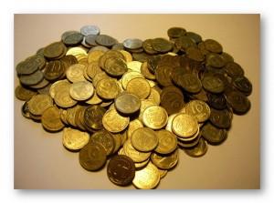 монеты в виде сердца
