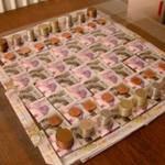 Необыкновенная партия шахмат из денег