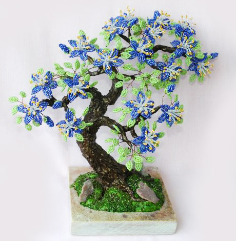 дерево, сделанное из бисера