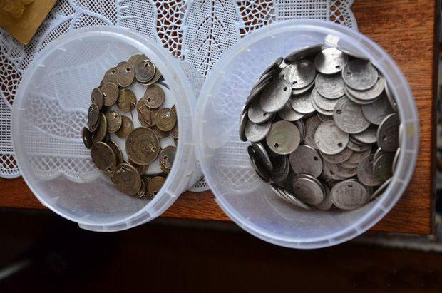 монеты для дерева