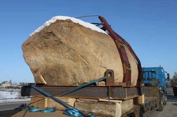 Камень на грузовеке