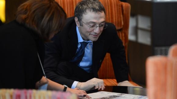 каримов выкупает акции Роснефти