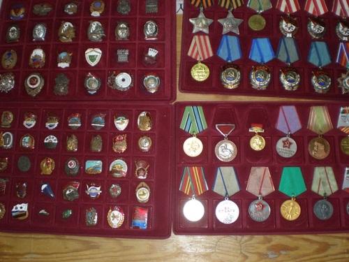 коллекция значков и медалей