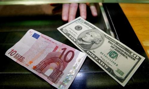10 долларов и евро