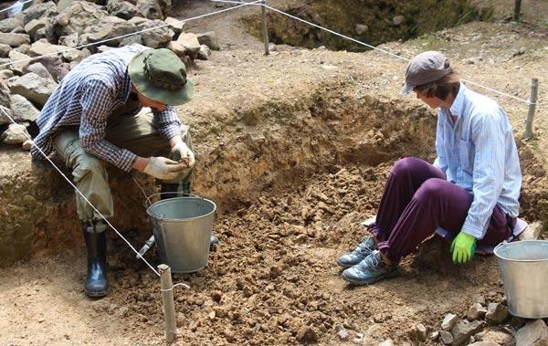 Проведение раскопок