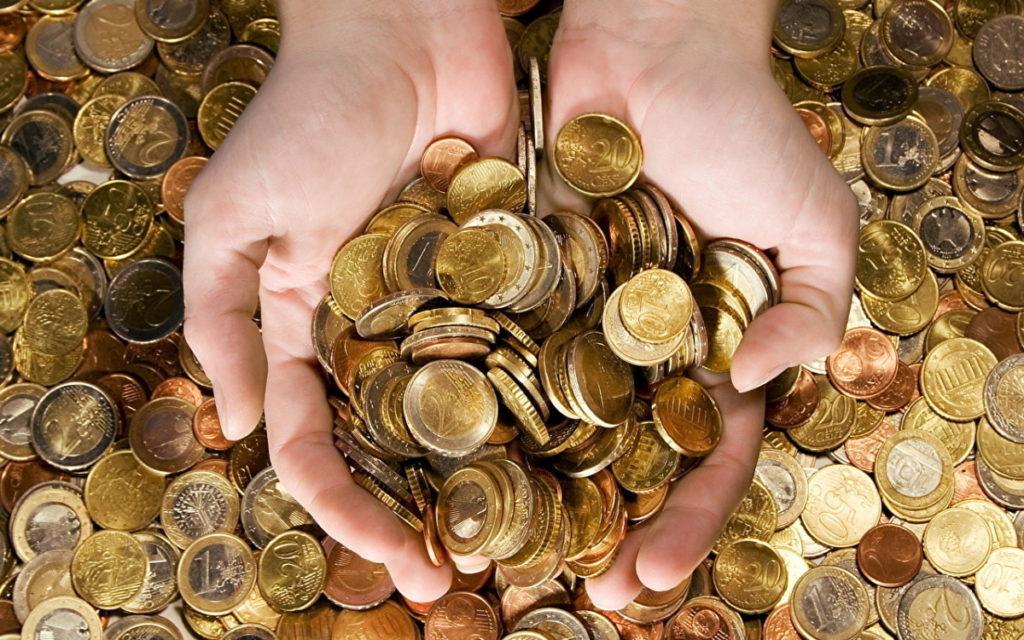 Деньги монетами