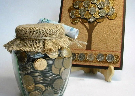 Баночка с монетами